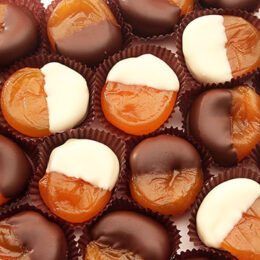 Dark & White dipped apricots